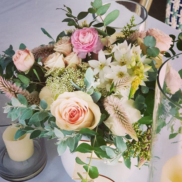 Pretty Pastel floral centrepieces