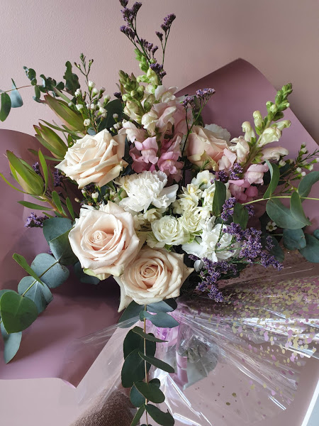 Premium pastel roses range
